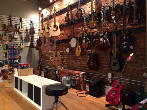 The wall of guitars that will fuel rock star fantasies in the tamest of dudes or dudettes. Photo by María Helena Carey.