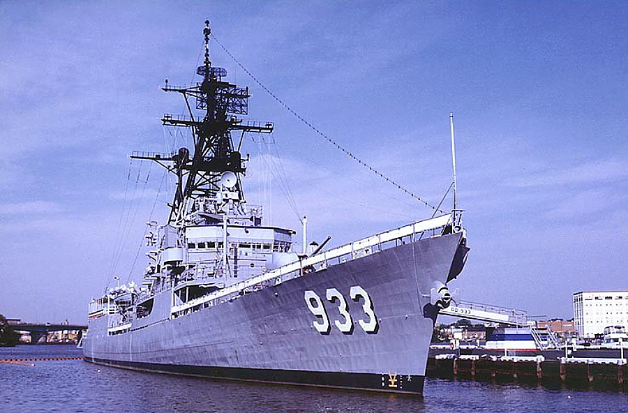 The Barry in the Washington Navy Yard in 1984, shortly after her transfer there.