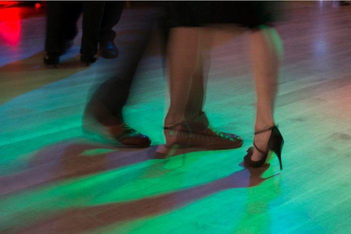 http://www.barbarawilli.ch/tango-feet/
